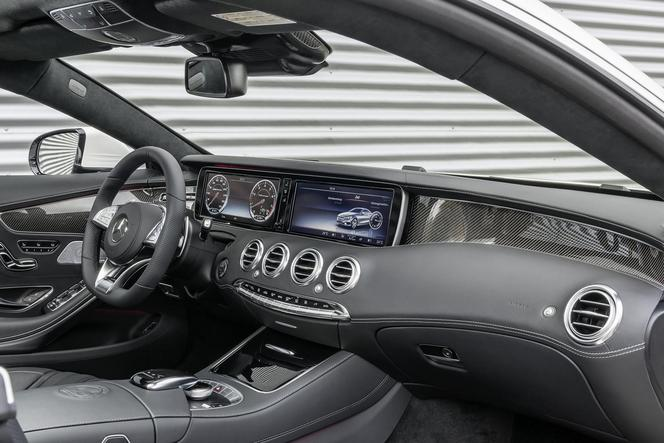 Nouvelle Mercedes S63 AMG Coupé: propulsion ou 4Matic
