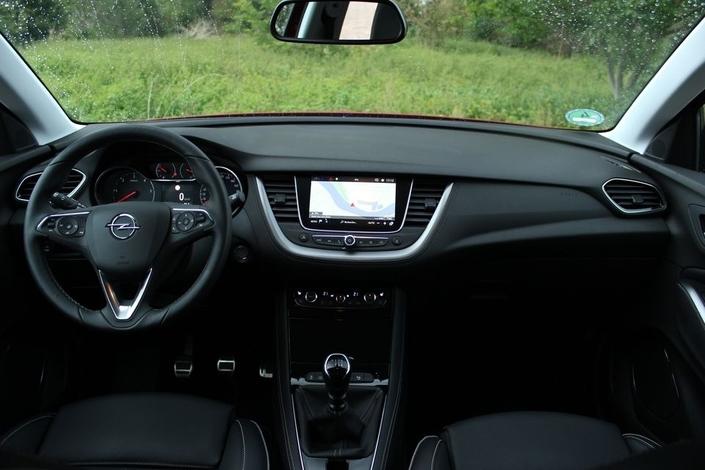 L'Opel Grandland X arrive en concession : une histoire de partage