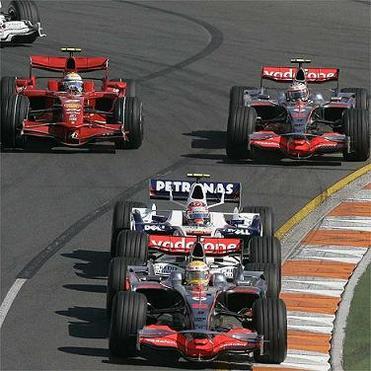 Formule 1 - Australie GP: Hamilton, au dessus de la mêlée