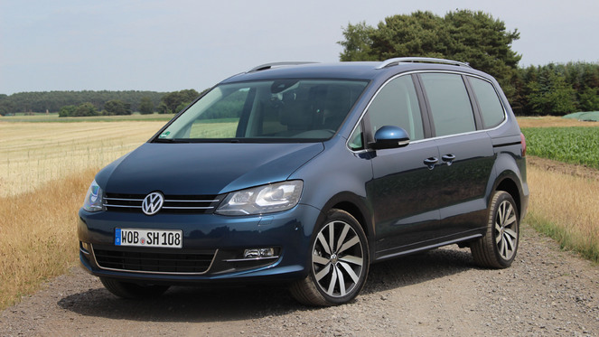 essai vid o volkswagen sharan restyl occuper l 39 espace. Black Bedroom Furniture Sets. Home Design Ideas