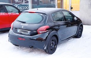 La remplaçante de la Peugeot 208 approche