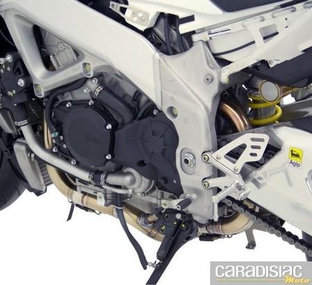 Laser Exhausts aligne de titane l'Aprilia RSV4.