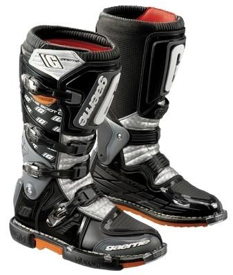 Gaerne, des bottes étudiées pour le supermotard.
