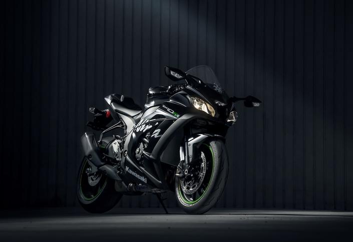 Kawasaki, nouveauté 2018: rien de neuf pour la Ninja ZX-10RR... ah... si...