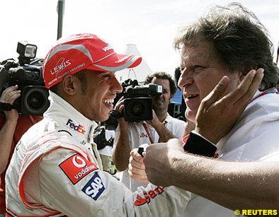 Formule 1 - Australie D.2: Hamilton aime le nouveau réglement