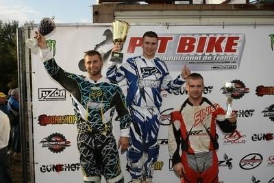 Pit Bike 2009: La dernière épreuve côté pro.