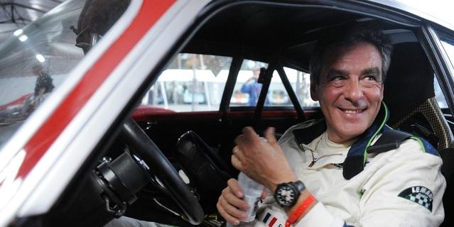 Pilote amateur, François Fillon participe régulièrement à des courses de modèles anciens (ici au Mans Classic)