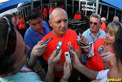 Formule 1 - McLaren: Dennis ne sera pas en Malaisie...