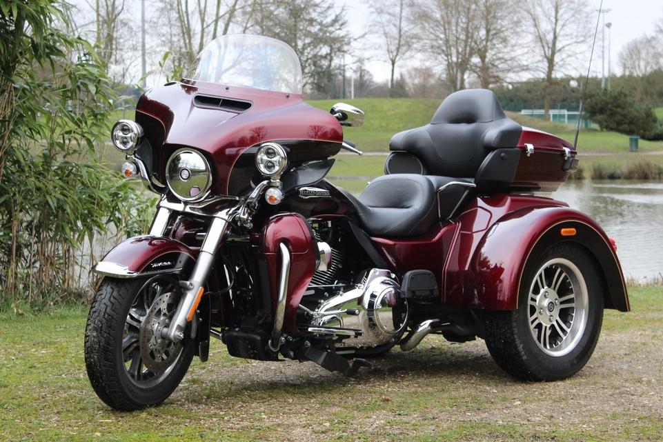 Essai Harley Davidson Trike Tri Glide : C'est énorme !