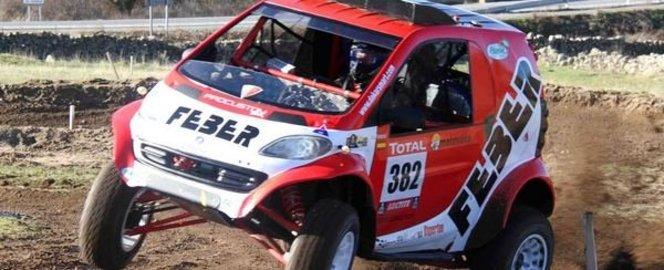 Dakar 2013 - Une Smart au départ...