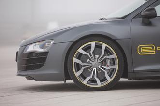 Prise en mains - Audi R8 e-tron : le moteur à explosion a encore de beaux jours devant lui