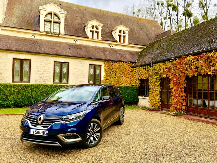 Essai - Renault Espace 2.0 BluedCi 200 EDC6: le vrai luxe prend le large