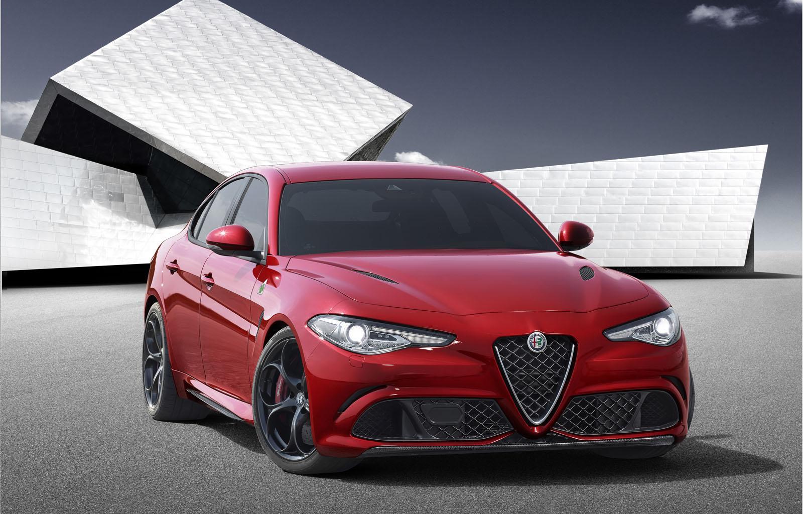 S0-Surprise-l-Alfa-Romeo-Giulia-en-fuite