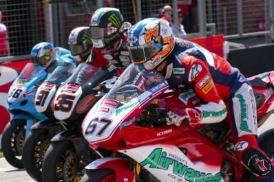 Superbike: La 1098R pénalisée de dix kilos en Grande Bretagne !