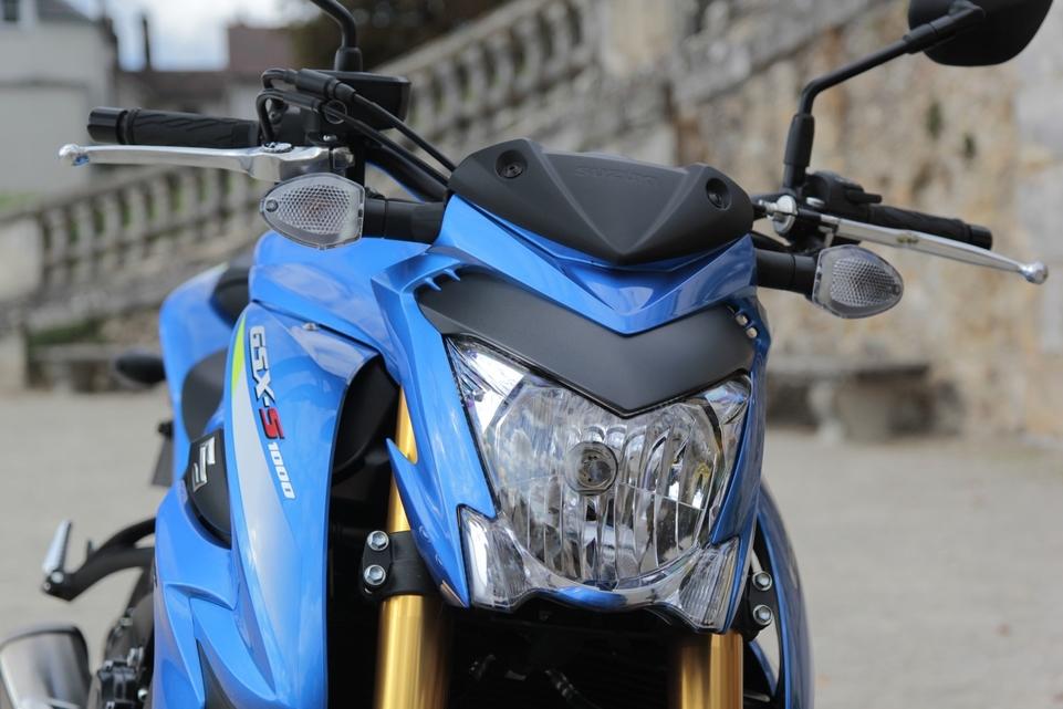 Essai vidéo Suzuki GSX-S 1000 : comme à la maison