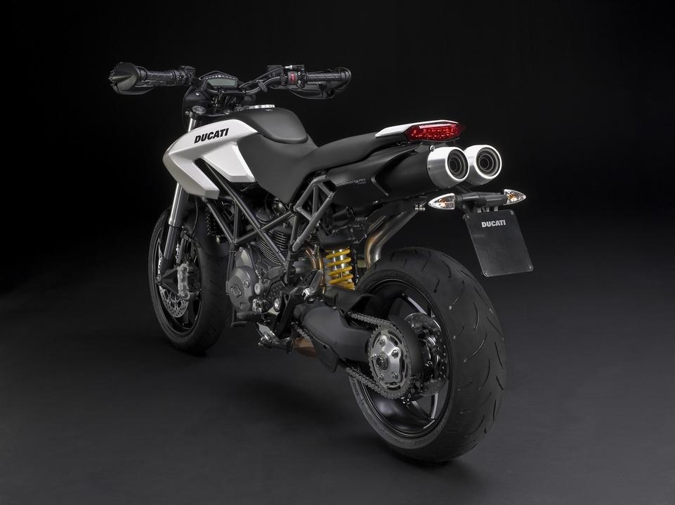 Nouvauté Ducati 2010 : Hypermotard 796