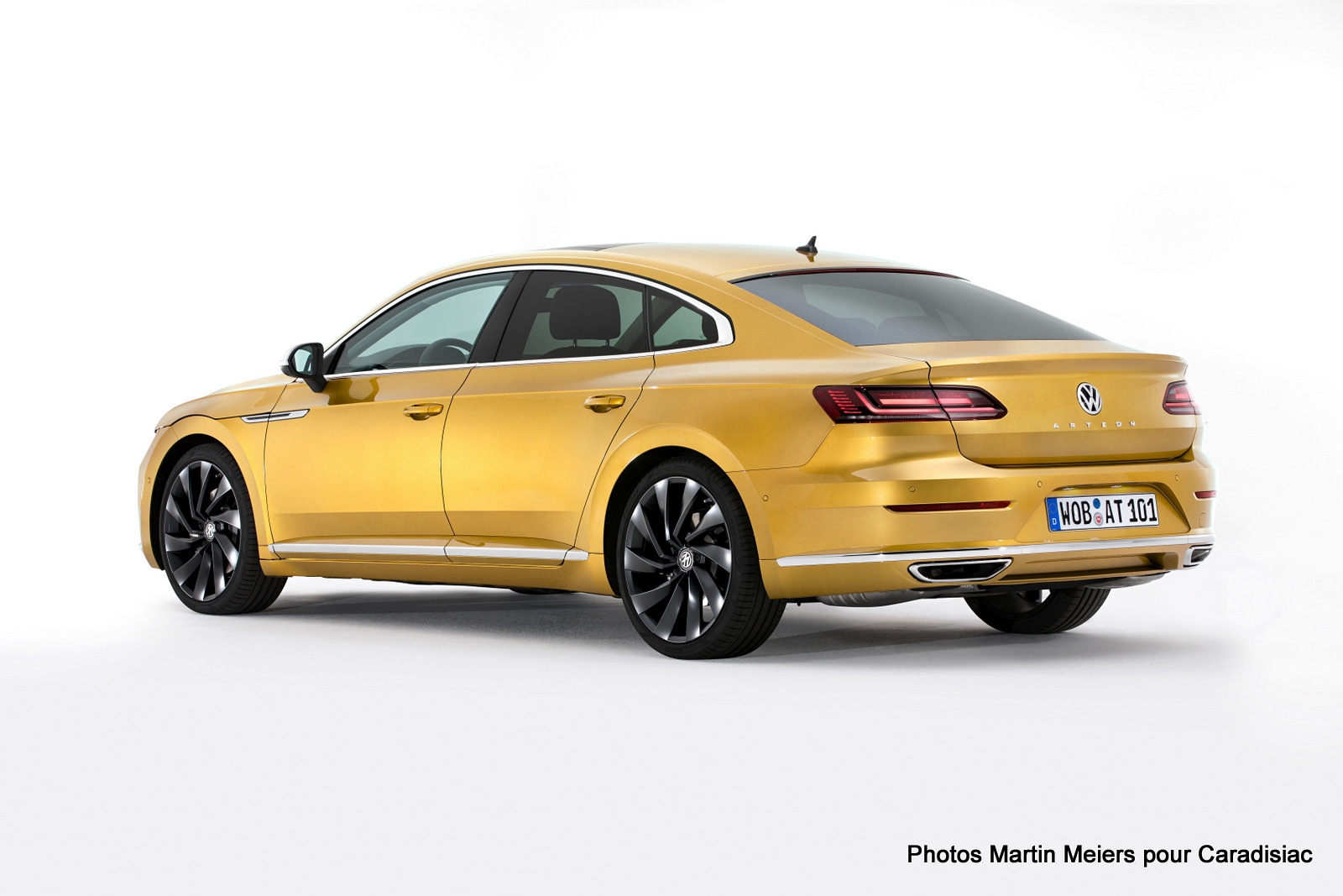 volkswagen arteon un haut de gamme enfin cr dible pr sentation vid o en live. Black Bedroom Furniture Sets. Home Design Ideas
