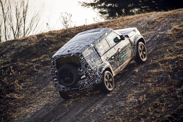 Land Rover montre le nouveau Defender