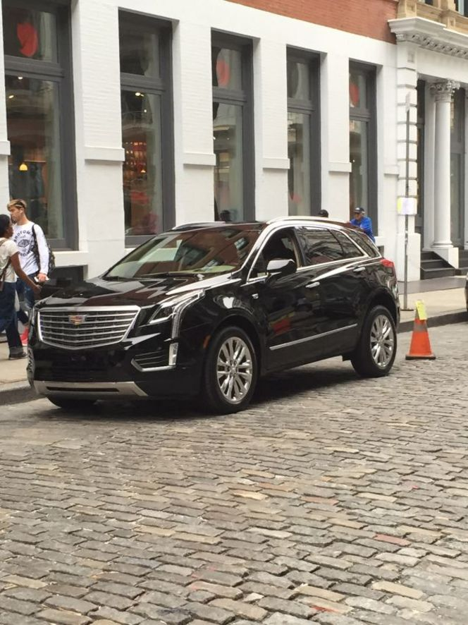 Surprise : le futur Cadillac XT5 totalement nu