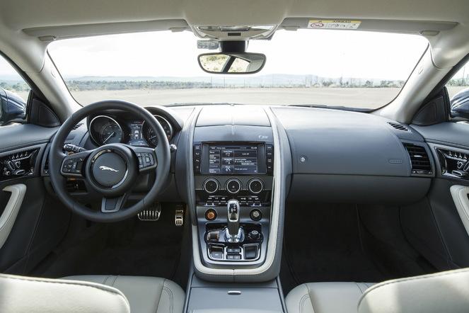 Essai vidéo – Jaguar F-Type  Coupé : rigide, mais pas triste