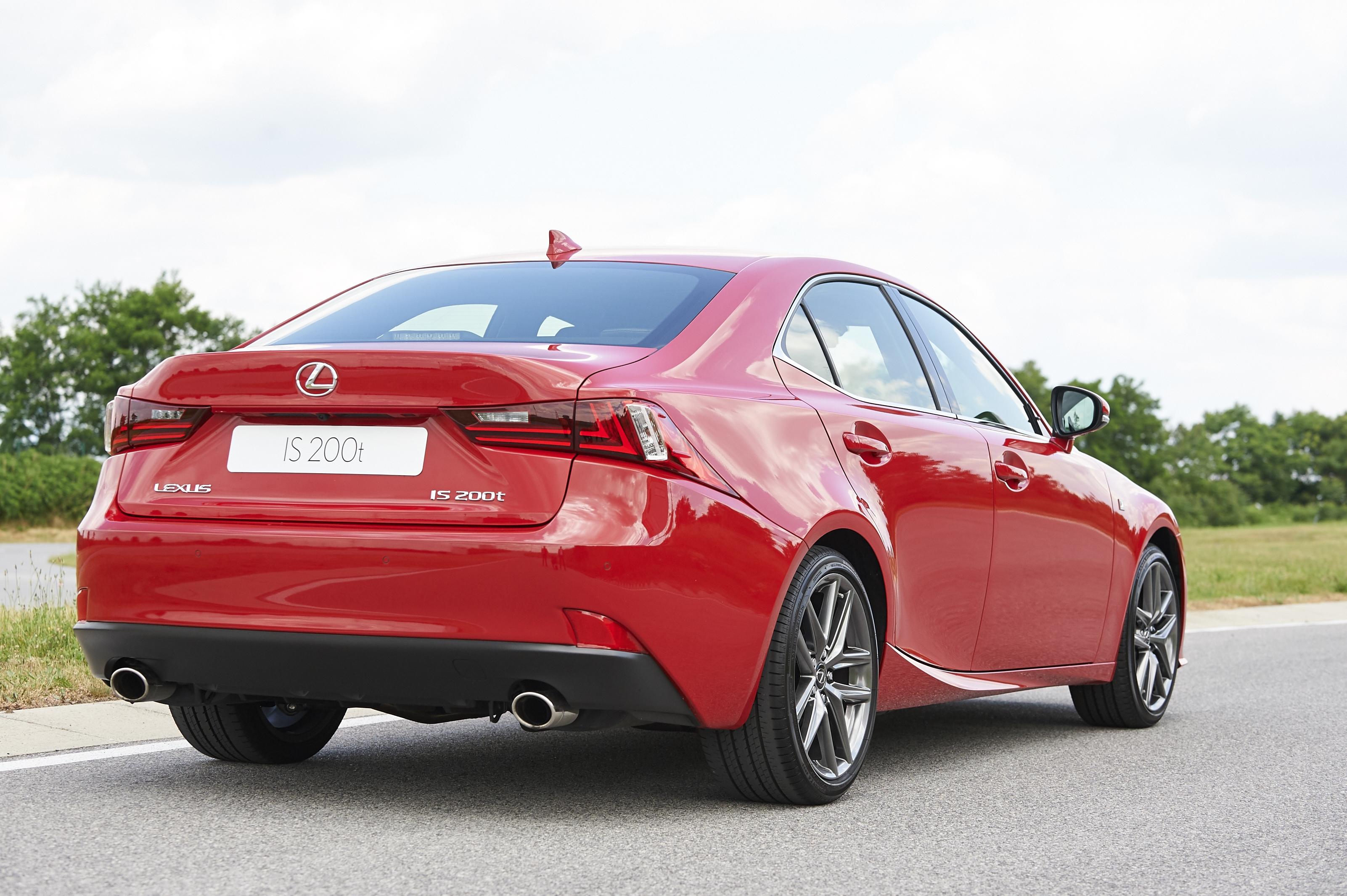 [Image: S0-Un-2-0l-de-245-ch-pour-la-Lexus-IS-357166.jpg]