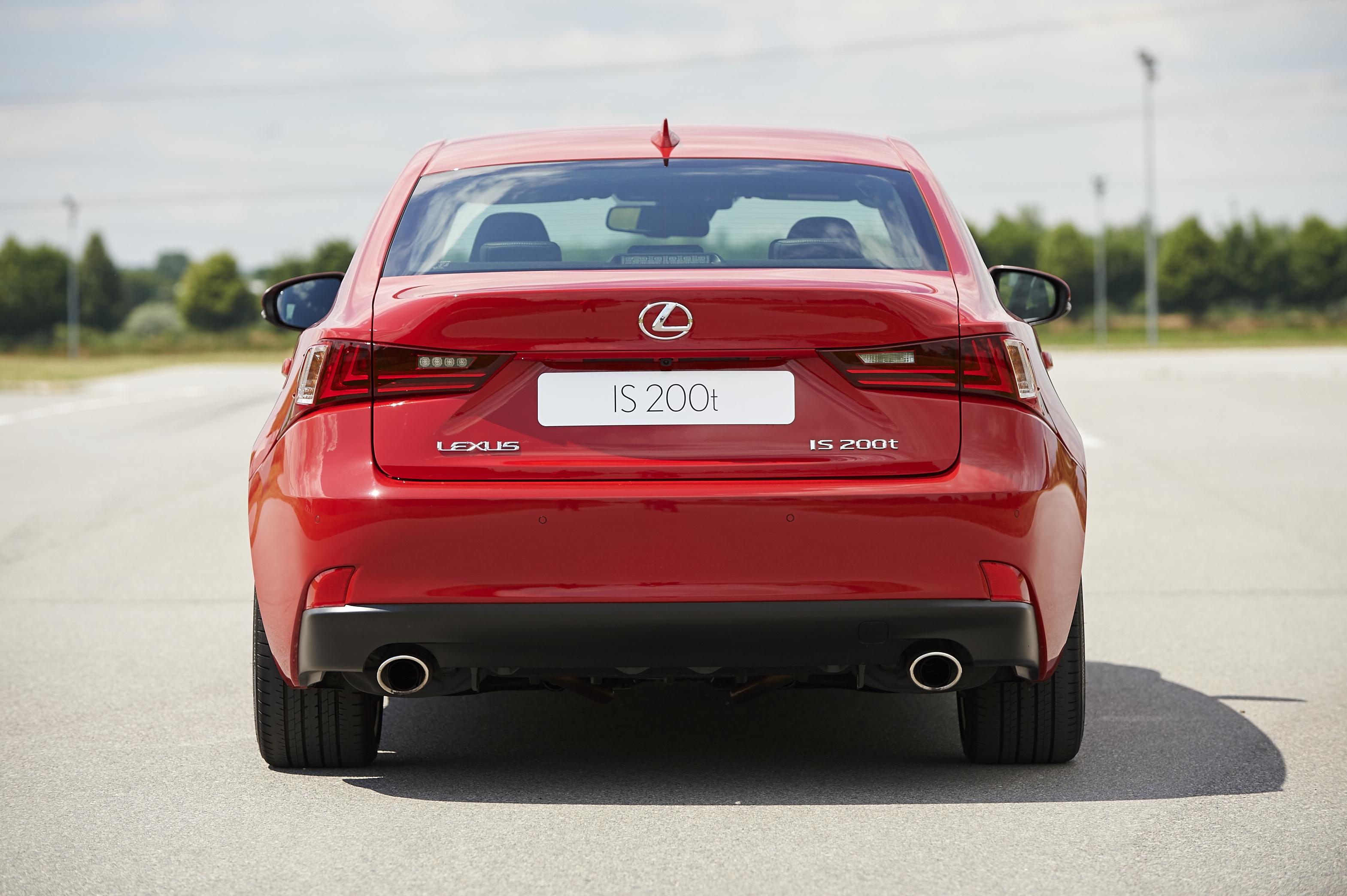[Image: S0-Un-2-0l-de-245-ch-pour-la-Lexus-IS-357169.jpg]