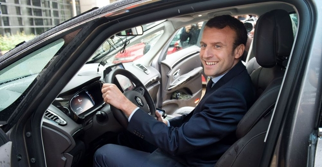 Sondage - Les politiques doivent-ils montrer l'exemple en achetant des voitures françaises?
