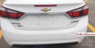 Surprise : voici la future Chevrolet Cruze
