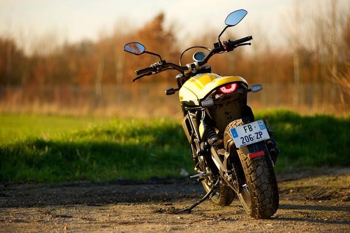 Essai Ducati Scrambler 800 Full Throttle