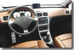 Peugeot 307 restylée: prête à croquer la Mégane à pleine bouche