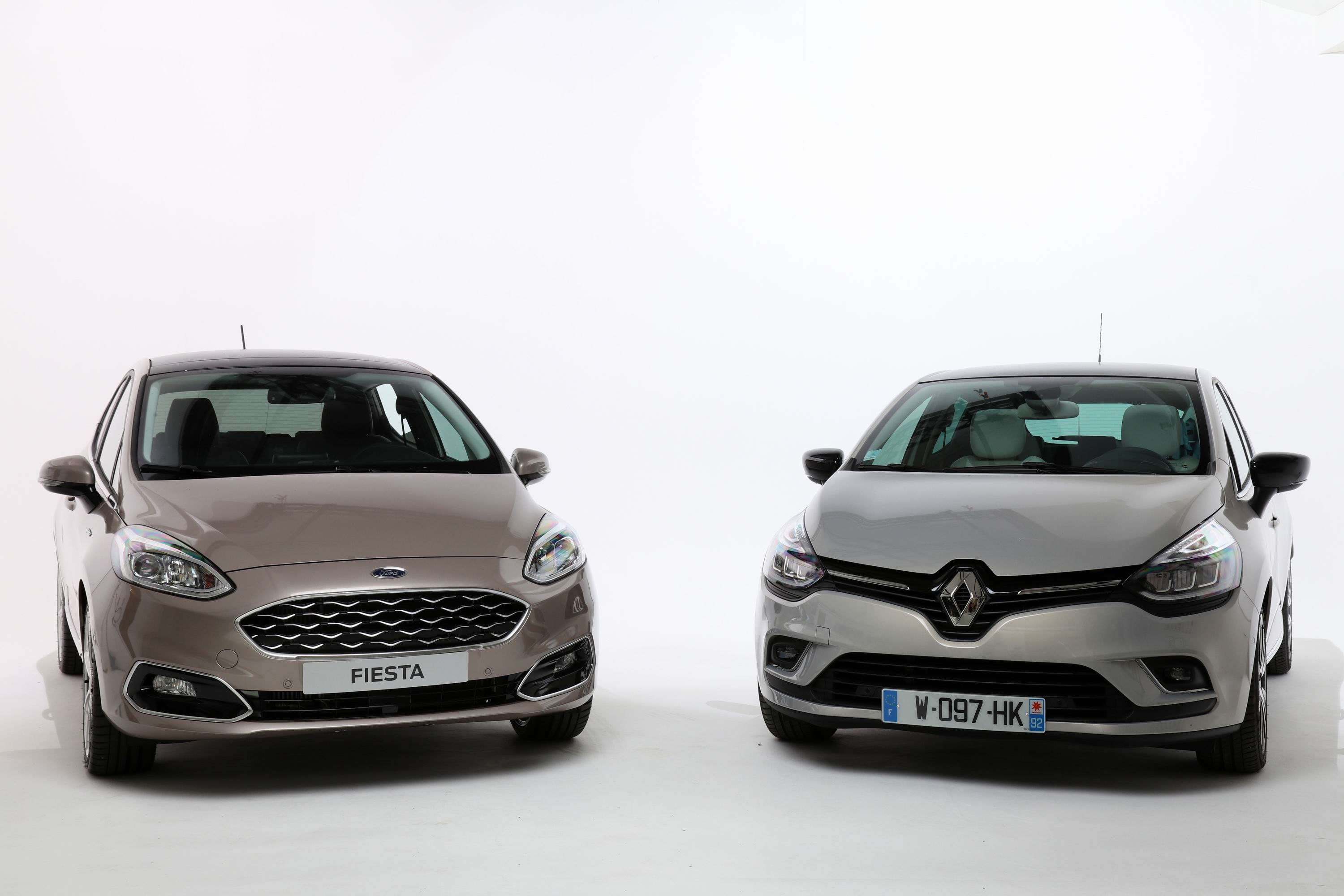 comparatif statique vid o ford fiesta vs renault clio haute couture