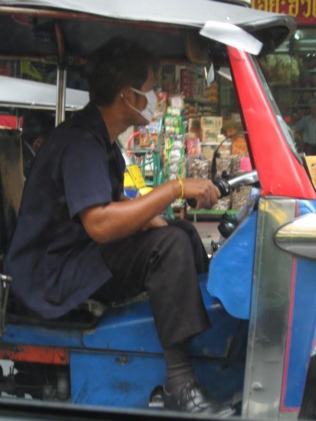 Les tuk-tuk en font un souk à Bangkok !