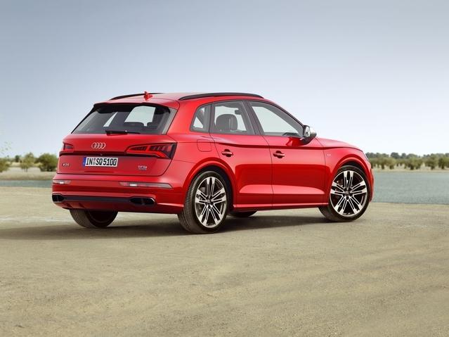 Audi SQ5 : l'histoire des fausses sorties d'échappement
