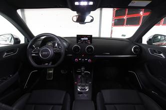 Les essais de Soheil Ayari - Audi S3 : plus adaptée à la route qu'à la piste