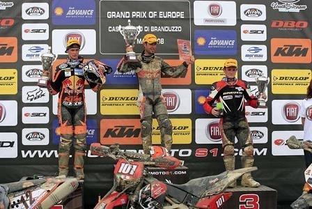 Mondial Supermoto, Van Den Bosch gagne en Italie