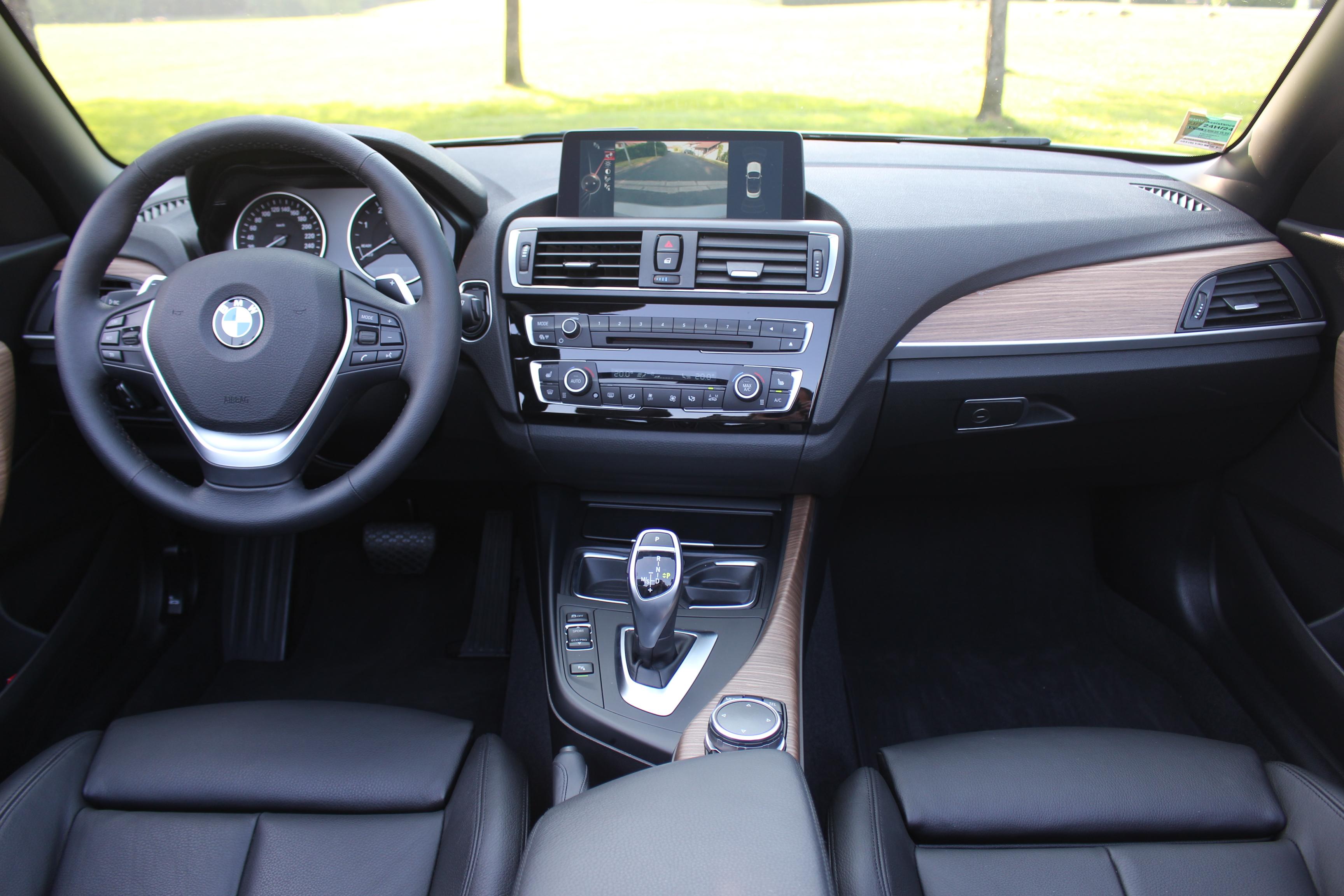A3 Vs Serie 1 >> Comparatif vidéo - Audi A3 cabriolet vs BMW Série 2 cabriolet : duel au soleil