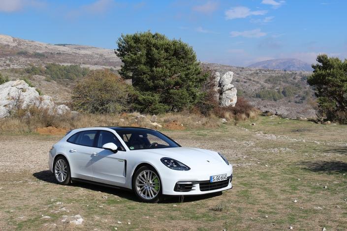 Essai vidéo - Porsche Panamera Sport Turismo : coffre à jouer