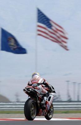 Superbike - Etats Unis Q.1: Bayliss à la conquête de l'Ouest