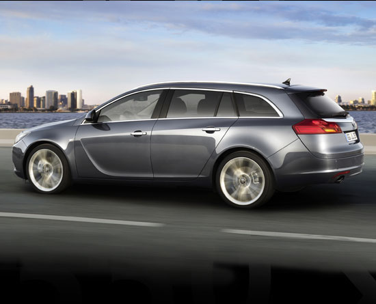 S0-Opel-Insignia-Sports-Tourer-officielle-43467