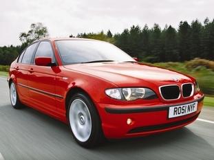 Certaines voitures de 10 ans et même bien plus, comme cette Série 3 de 98 à 2005, restent belles longtemps.