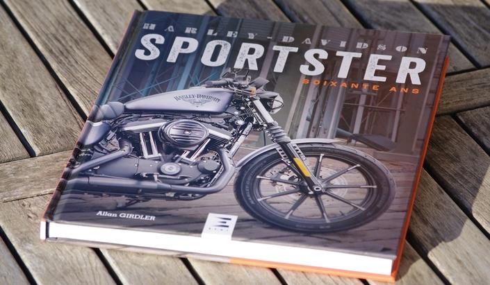 Lu pour vous: Harley-Davidson Sportster soixante ans, d'Allan Girdler