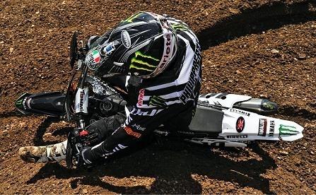 Motocross mondial :  St Jean d'Angély, MX 1, David Philippaerts honneur au vainqueur
