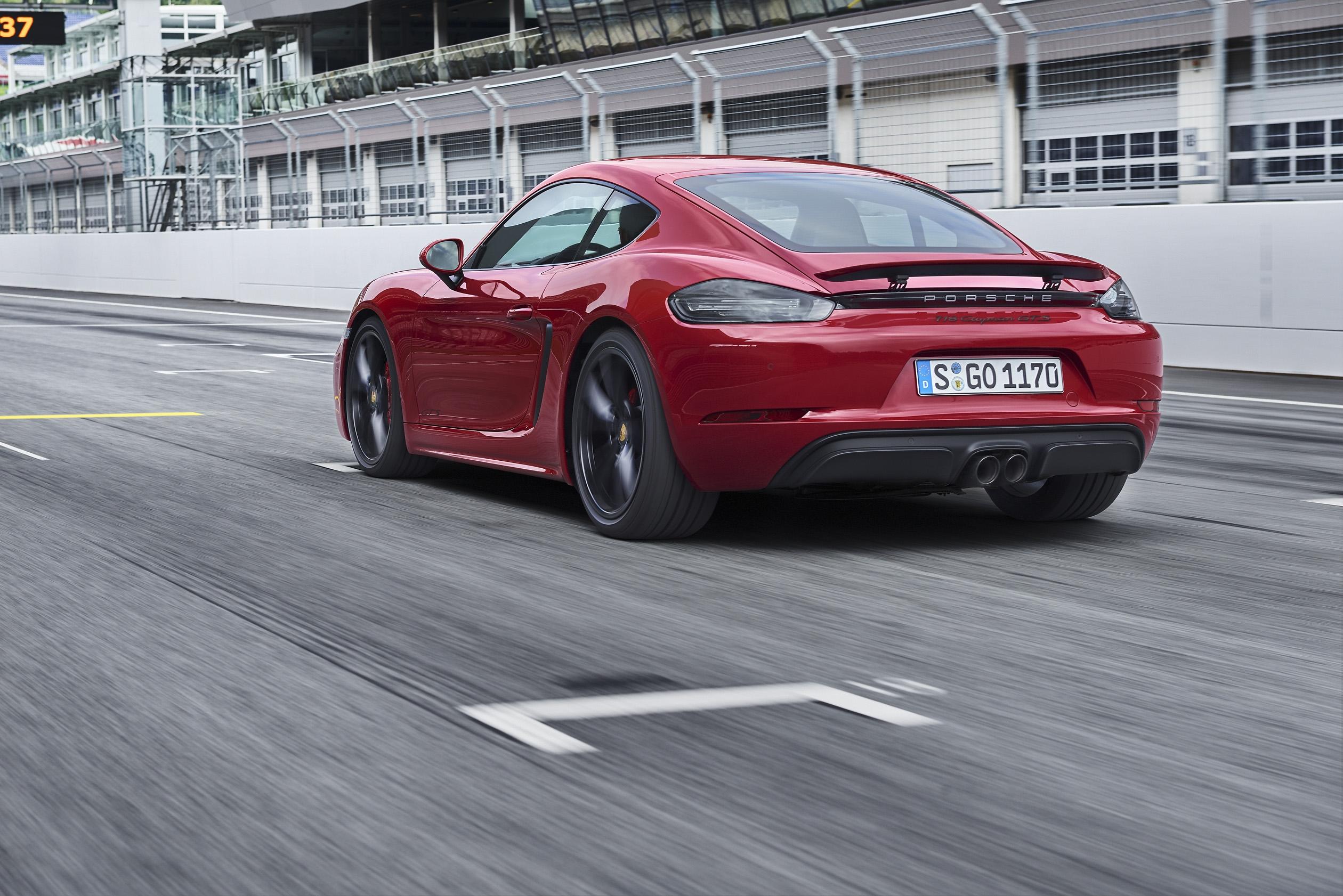 Les Porsche 718 Boxster et Cayman déclinées en GTS