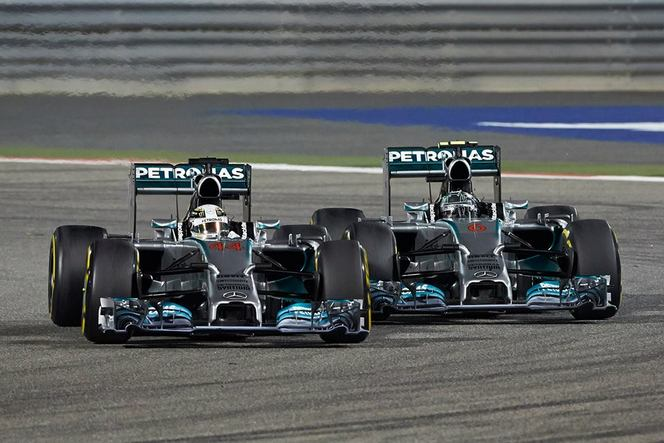 F1 GP de Bahreïn : Hamilton résiste à Rosberg, Mercedes triomphe