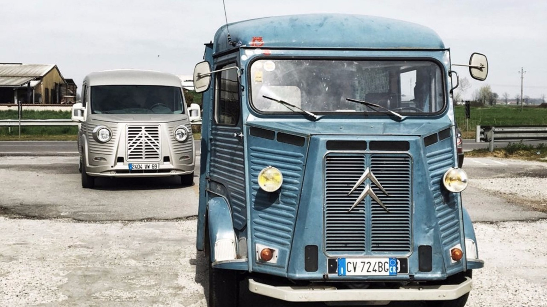 [KIT CARROSSERIE] Type H 70th Anniversary van S0-citroen-transformez-votre-jumper-en-type-h-neo-retro-400280