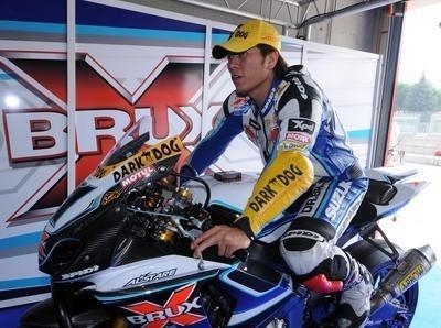 Superbike - Suzuki: Francis Batta parle de Toseland et taille Kagayama