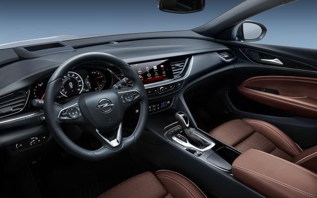 Salon de Francfort 2017 -Opel Insignia Country Tourer: clé des champs