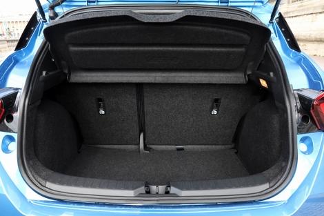 Le coffre de la Micra offre une contenance de 300 litres.