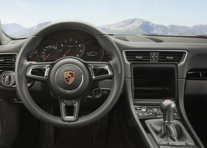 Porsche présente la 911 Carrera T: moins, c'est mieux