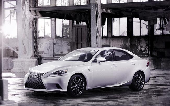 Detroit 2013 : la nouvelle Lexus IS est officielle